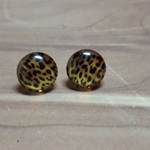 💕3/$15💕 Cheetah Print Earrings